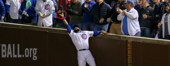 Cubs' right fielder Jason Heyward shows palm